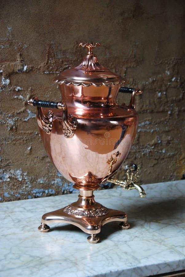 Urna de cobre imagem de stock