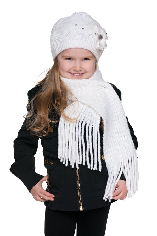 Download Urocza Mała Dziewczynka Przeciw Bielowi Zdjęcie Stock - Obraz złożonej z dziecko, moda: 41951378