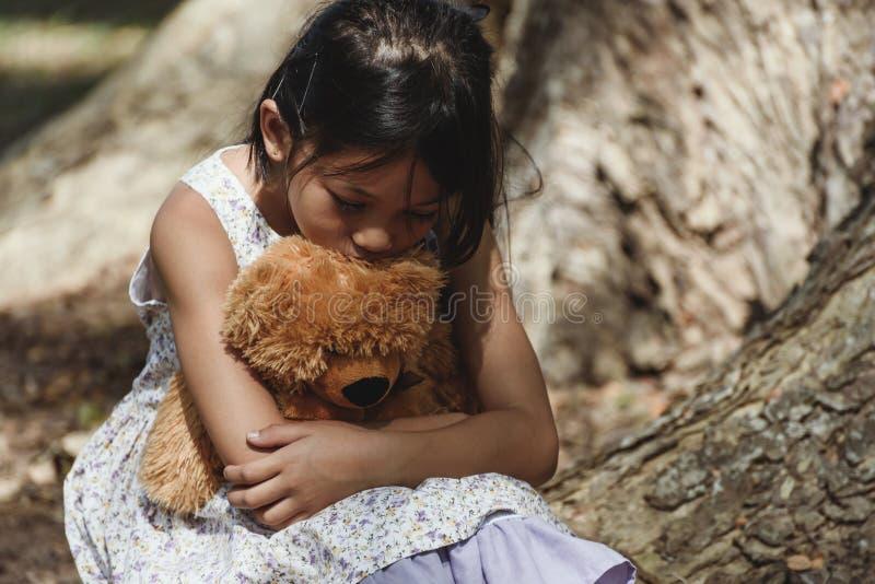 Urocza smutna dziewczyna obrazy stock
