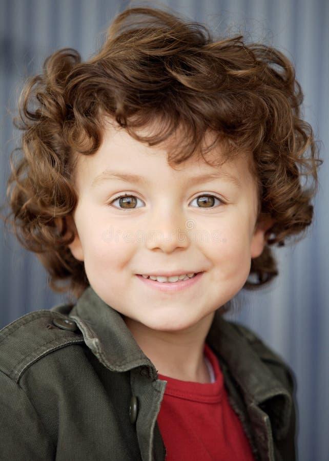 uroczy chłopiec szczęśliwa obrazy royalty free