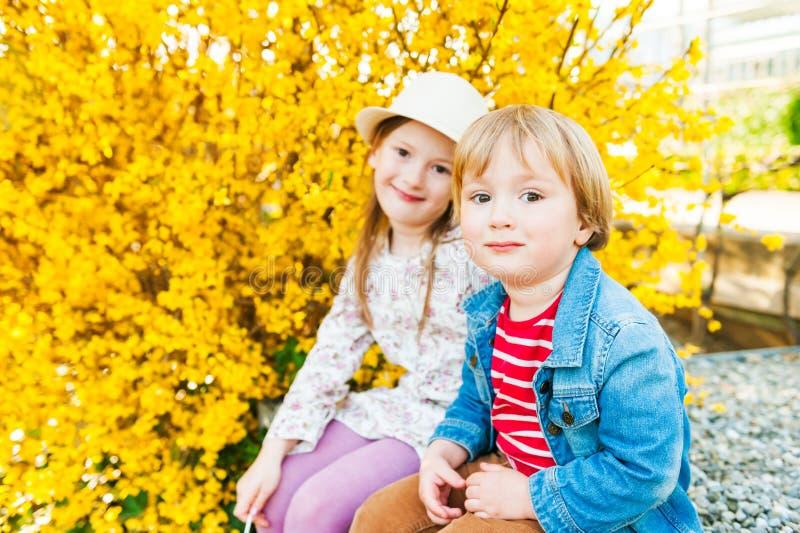 Uroczy dzieci zdjęcie royalty free