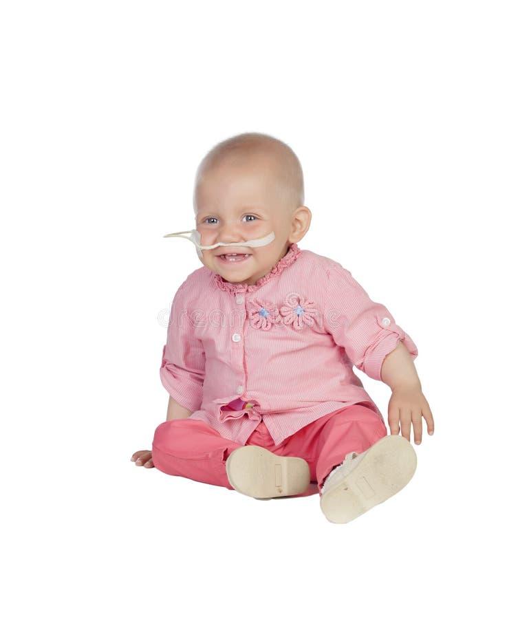 Uroczy dziecko bez włosy bije chorobę obrazy royalty free