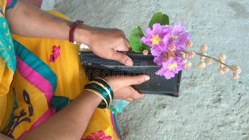 Uroczy kwiaty obrazy royalty free