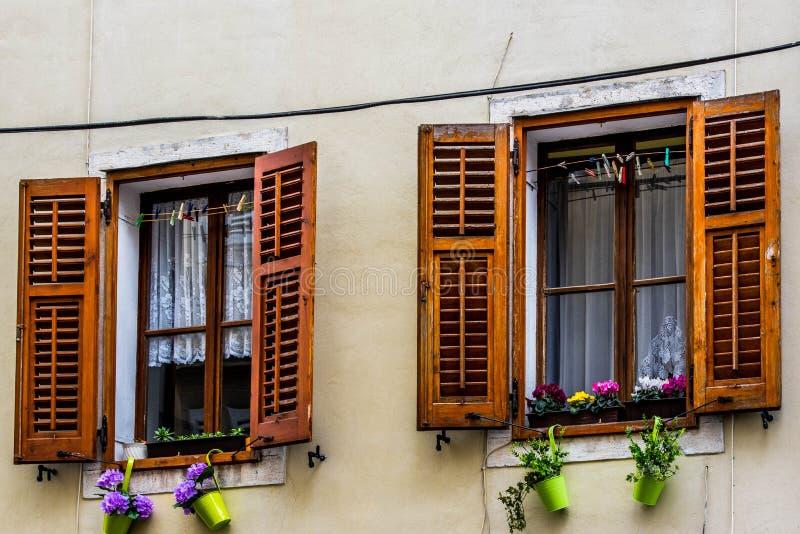 Uroczy okno w Piran zdjęcie stock