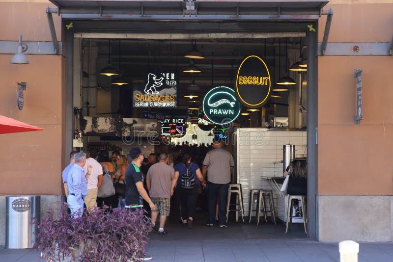 Uroczysty Środkowego rynku wejście na Broadway w śródmieściu Los Angele obraz stock