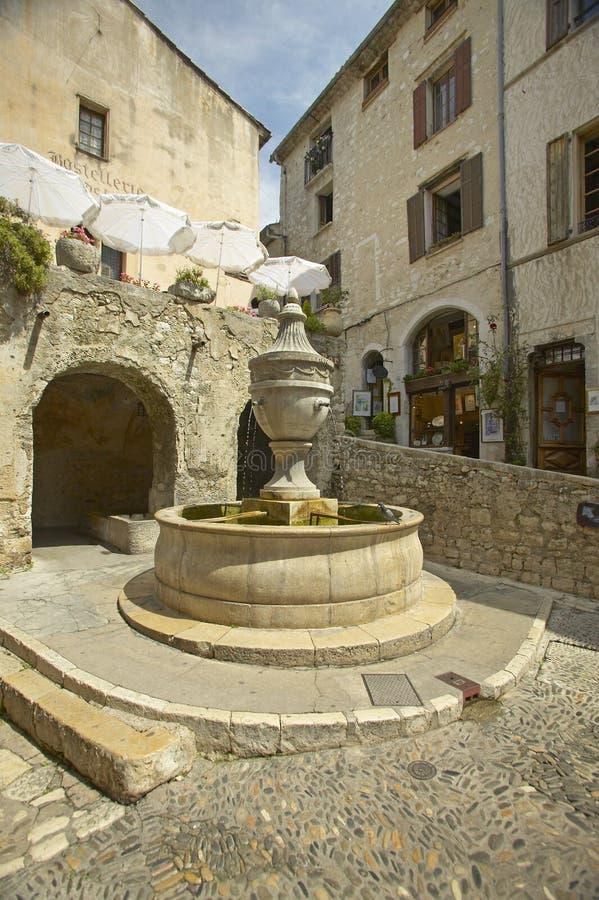 Uroczysty Fontaine, Saint Paul De Vence, Francja obraz royalty free