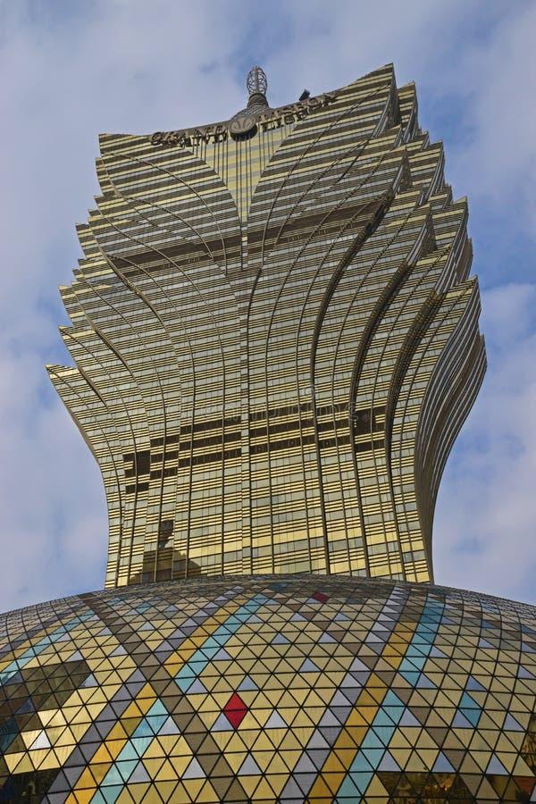 Uroczysty Lisboa hotel w Macau przypomina liście deseniuje bierze nieznacznie od bocznego kąta zdjęcia royalty free