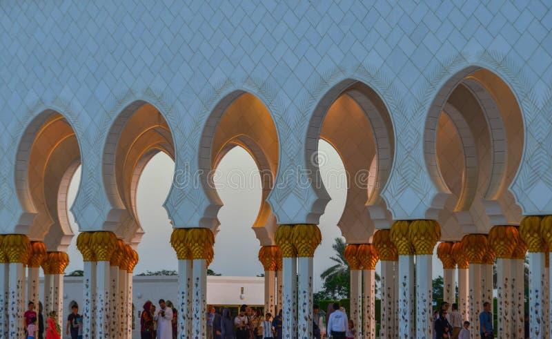 Uroczysty meczet Abu Dhabi, UAE zdjęcie royalty free