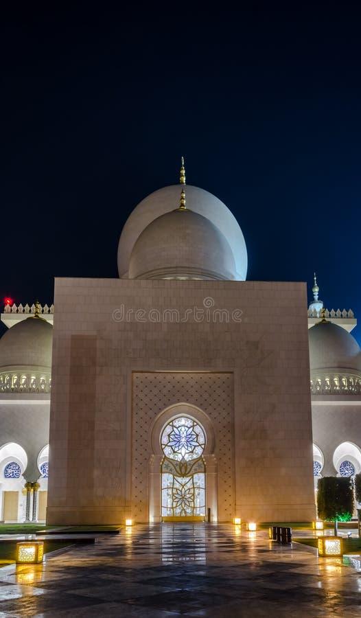 Uroczysty meczet w Abu Dhabi, UAE obraz royalty free