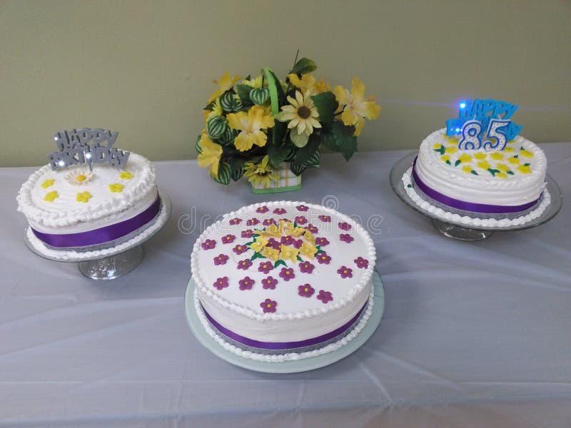 Urodzinowi torty zdjęcia stock