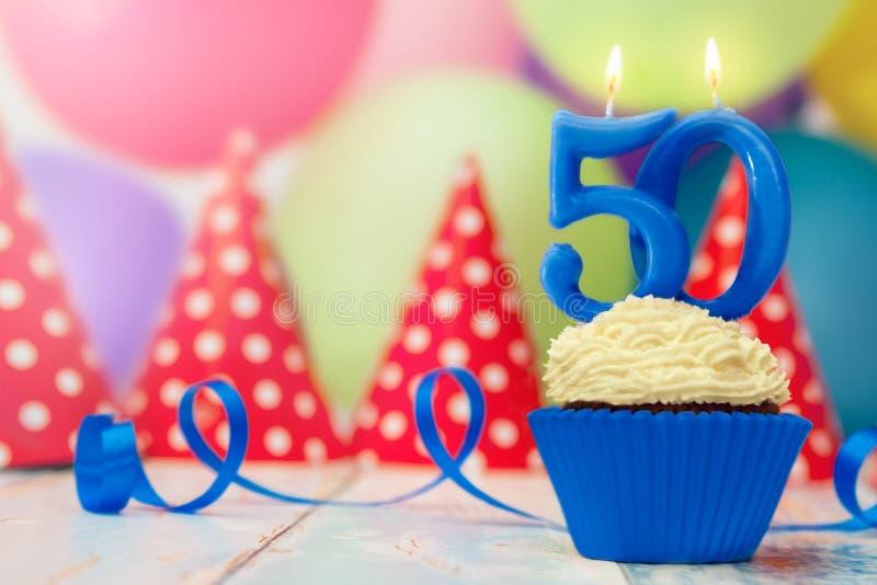 Urodzinowy świętowanie dla fiftieth urodziny zdjęcia stock