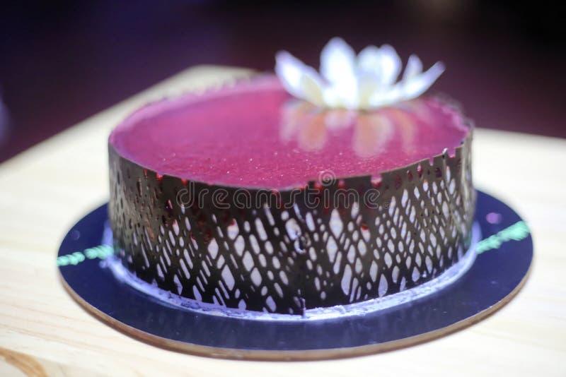 Urodzinowy tort z ?wieczk? obraz stock