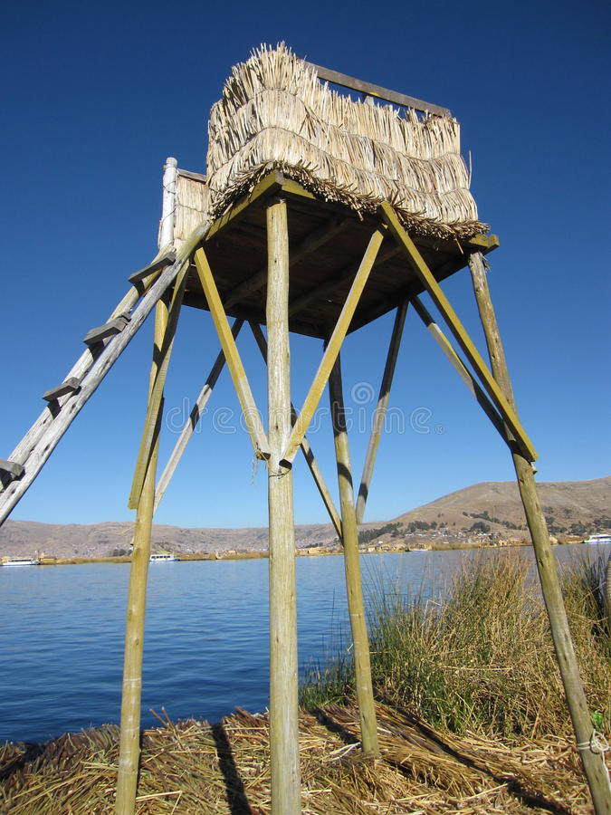 Uros Floating Islands in Peru& x27; s il Titicaca fotografia stock libera da diritti