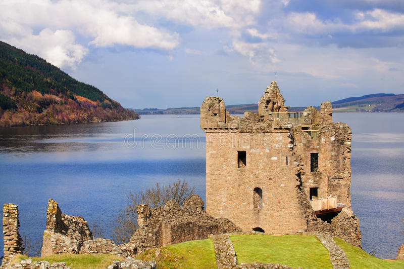 Urquhart Castle στη Σκωτία στοκ εικόνα με δικαίωμα ελεύθερης χρήσης