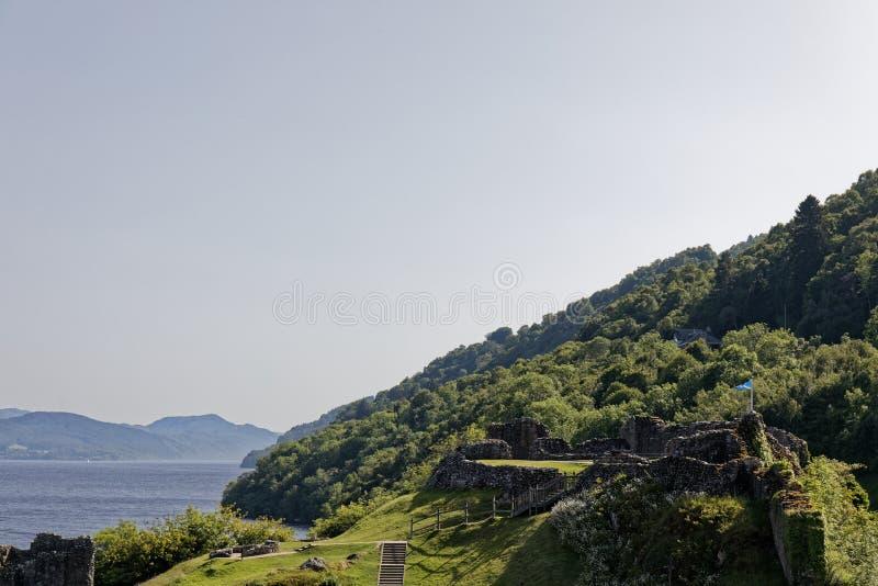 Urquhart Schloss auf Loch Ness, Schottland stockfotos