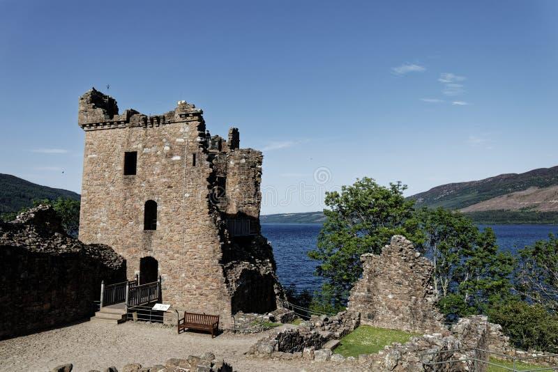Urquhart Schloss auf Loch Ness, Schottland lizenzfreies stockbild