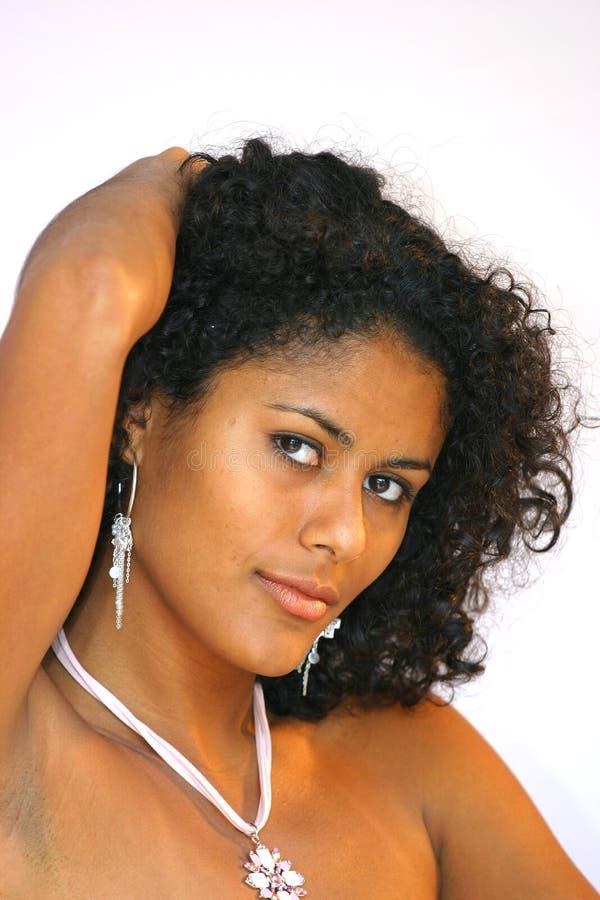 ursnygg brasiliansk flicka arkivbilder