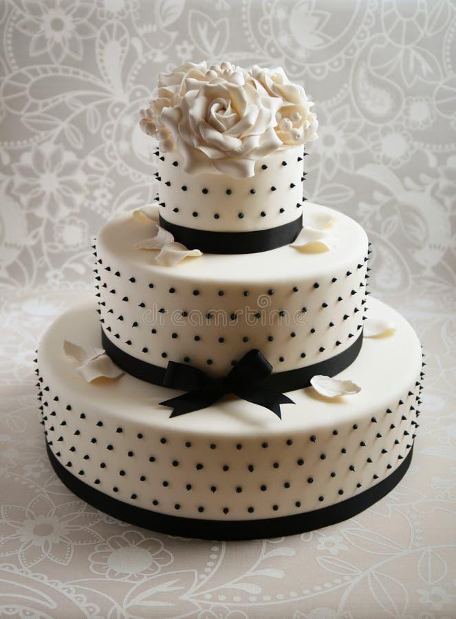 ursnyggt bröllop för cake royaltyfria foton