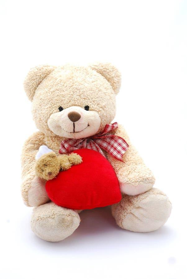 Urso de peluche grande do coração imagens de stock