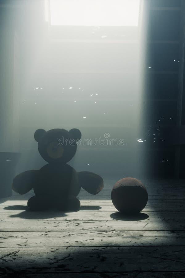 urso de peluche que senta-se no assoalho velho do sótão imagens de stock royalty free