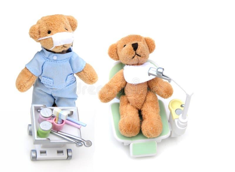 Ursos no dentista fotos de stock