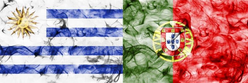 Uruguay contra la bandera del humo de Portugal, finales cuartos, mundial 2018, Moscú, Rusia del fútbol imagen de archivo libre de regalías