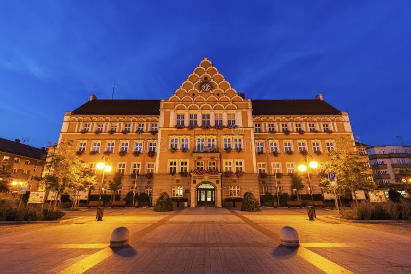 Urząd Miasta na głównym placu w Cesky Tesin zdjęcia stock