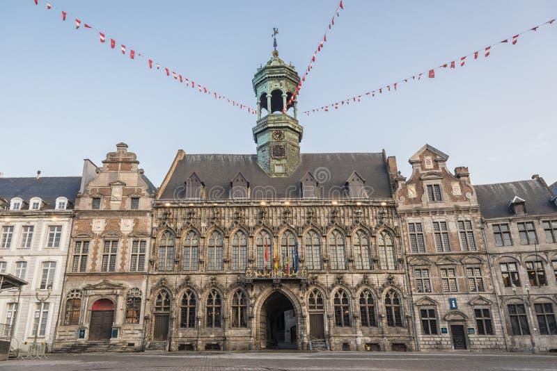 Urząd Miasta na głównym placu w Mons, Belgia. obraz stock