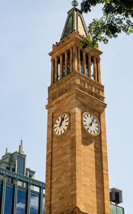 Urząd Miasta wierza w Brisbane Australia od królewiątka George kwadrata fotografia royalty free