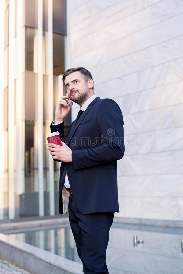Urzędnik z kawą zdjęcia stock