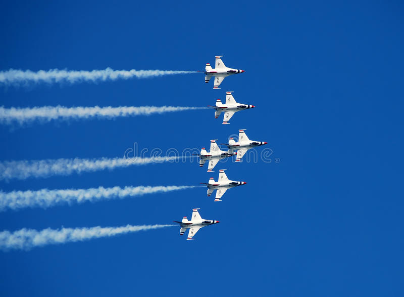 Download US Air Force Thunderbirds Soaring Editorial Stock Image - Image: 18967659
