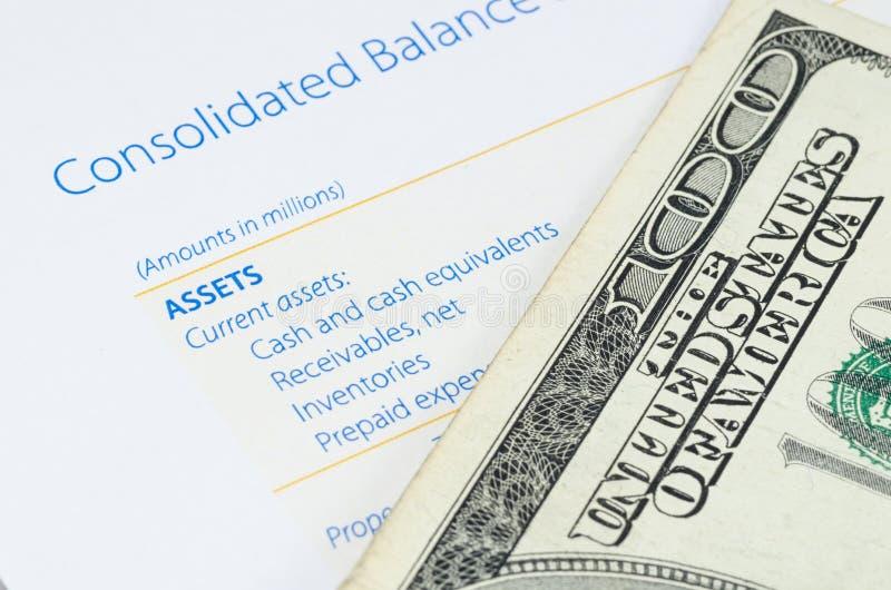 US dollarsedel på balansräkningen royaltyfria bilder