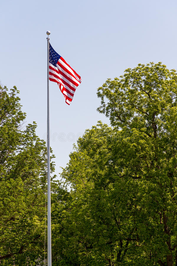 Free US Flag On Tall Flag Pole Royalty Free Stock Photos - 24798428