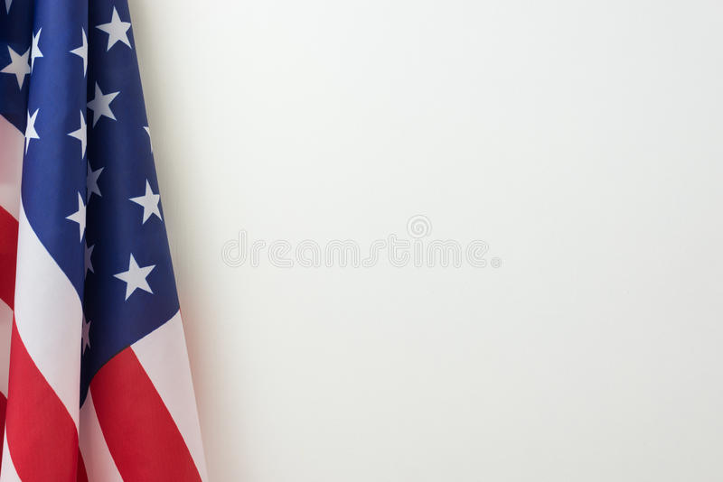 US-Flaggengrenze auf weißem Hintergrund stockfotografie
