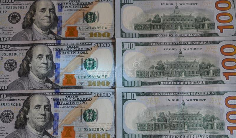 US hundert Dollarscheinhintergrund Beschaffenheitsanmerkungen des Geldamerikaners hundert entwerfen lizenzfreie stockbilder