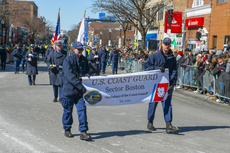 US-Küstenwache March St Patrick Tagesin der parade Boston, USA stockfotos