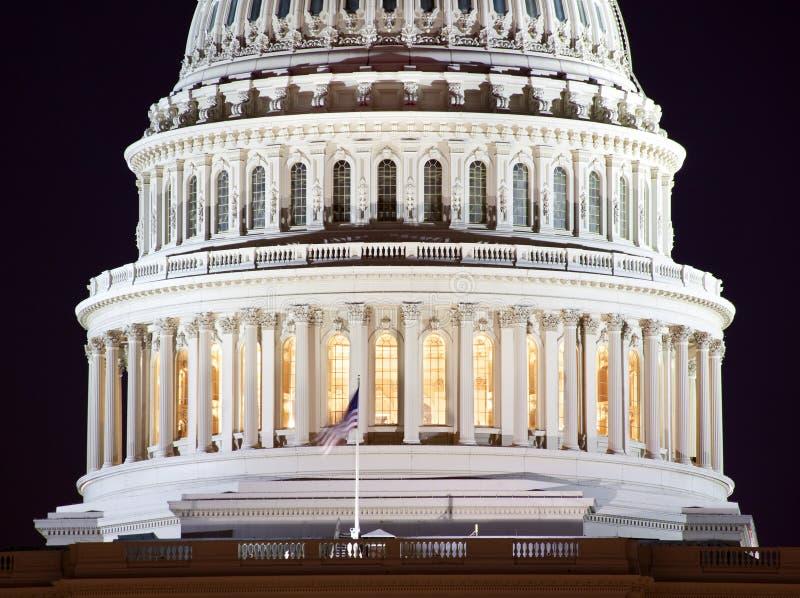 US-Kapitol-Haube-Nahaufnahme-NachtWashington DC lizenzfreie stockbilder