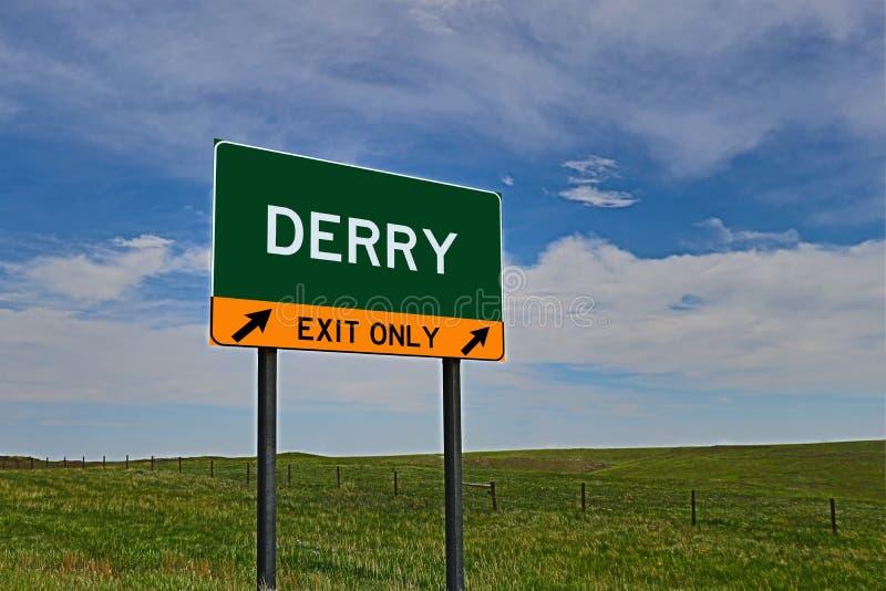 US-Landstraßen-Ausgangs-Zeichen für Derry stockfoto