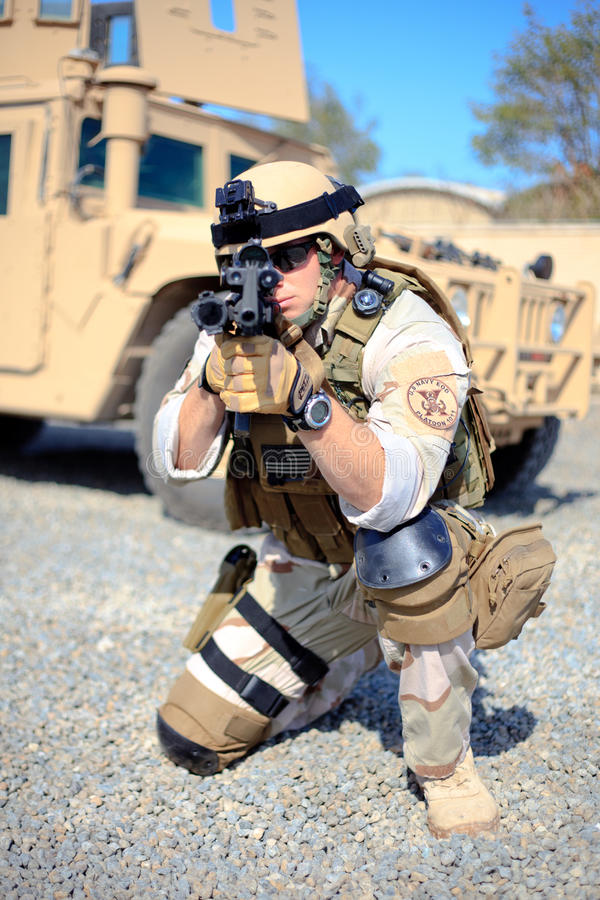 US Navy EOD aiming royalty free stock photos