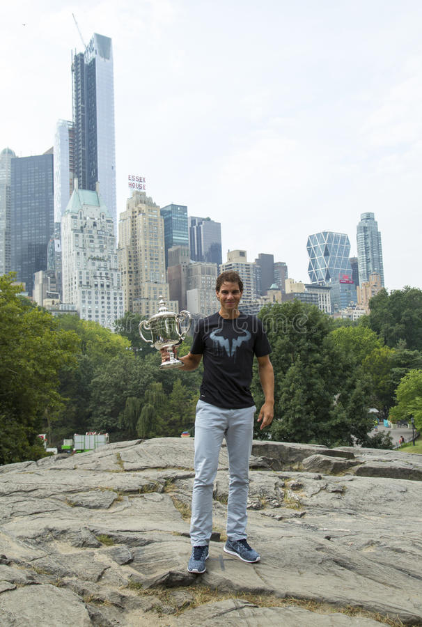 Download US Open 2013 Champion Rafael Nadal Posing With  US Open Trophy In Central Park Editorial Photo - Image of central, champion: 33545036