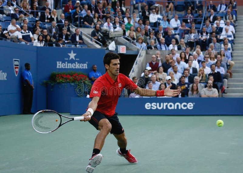 US Open 2013 finalista Novak Djokovic podczas jego definitywnego dopasowania przeciw mistrzowi Rafael Nadal zdjęcia royalty free