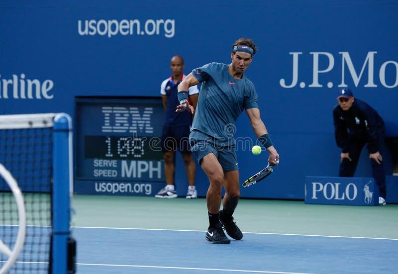 US Open 2013 mistrz Rafael Nadal podczas jego definitywnego dopasowania przeciw Novak Djokovic zdjęcia stock