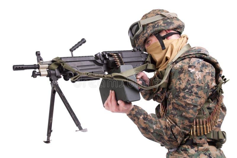 USA żołnierze piechoty morskiej z M249 maszynowym pistoletem obrazy royalty free