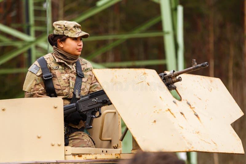 USA-Armee Dragoner-Fahrt stockfotos