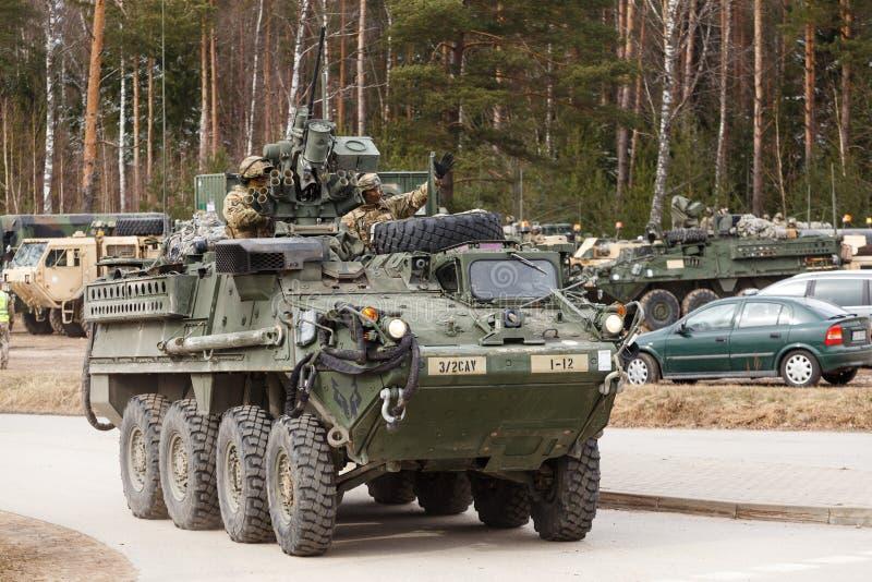 USA-Armee Dragoner-Fahrt stockbilder