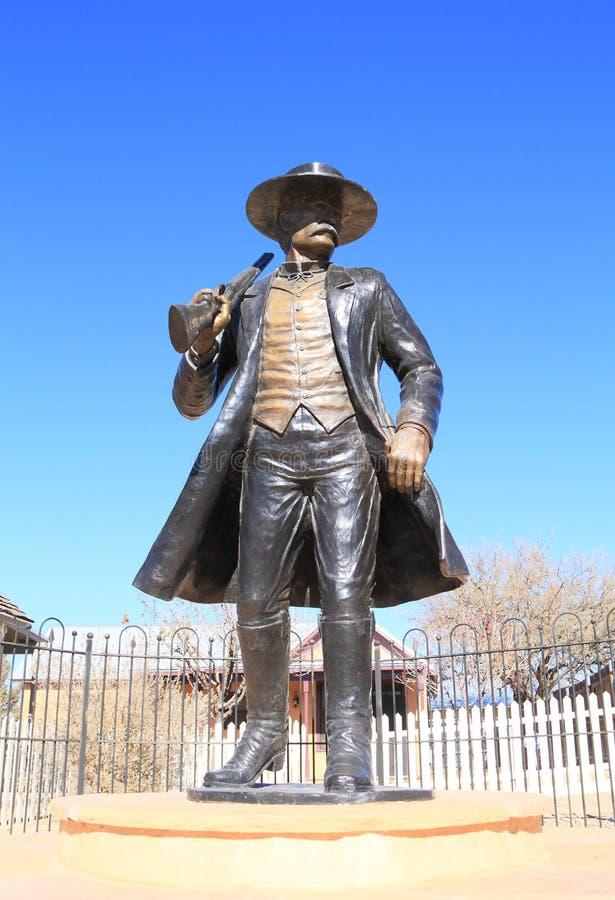 USA, AZ/Tombstone: Stary zachód - Wyatt Earp statua obraz stock