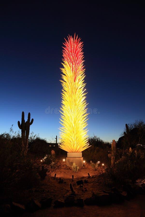 USA AZ: Upplyst Chihuly Utställning-istapp torn royaltyfria foton