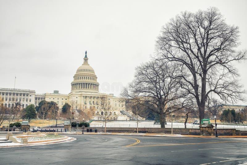 USA-Kapitolium i Washington DC på vintern royaltyfria bilder