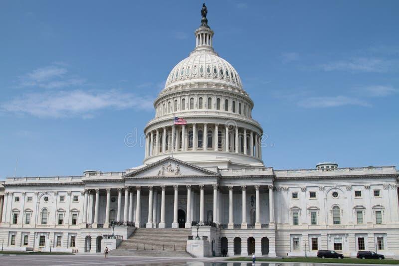 USA-Kapitolium - regerings- byggnad royaltyfri foto