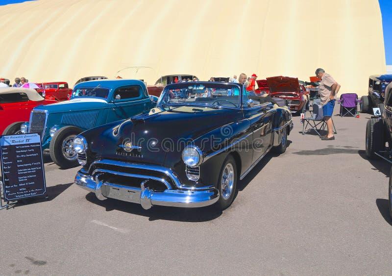 USA: Klasyczny samochód - 1950 Oldsmobile 88 kabriolet zdjęcie royalty free